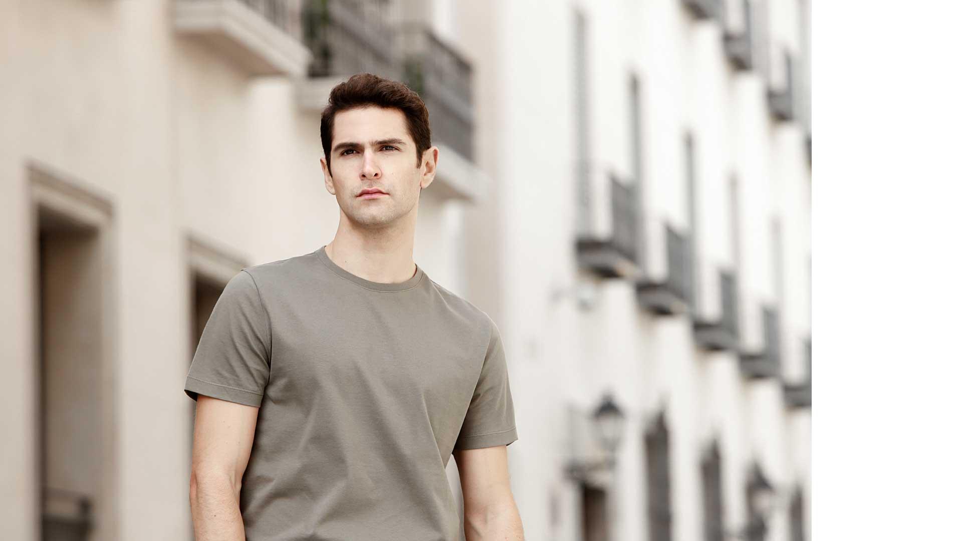 filantrop_camiseta_hombre_cuello_redondo_verde